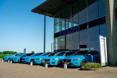 Lees meer over het artikel Rebel Blue Crew bij Volvo Bangarage Mijdrecht