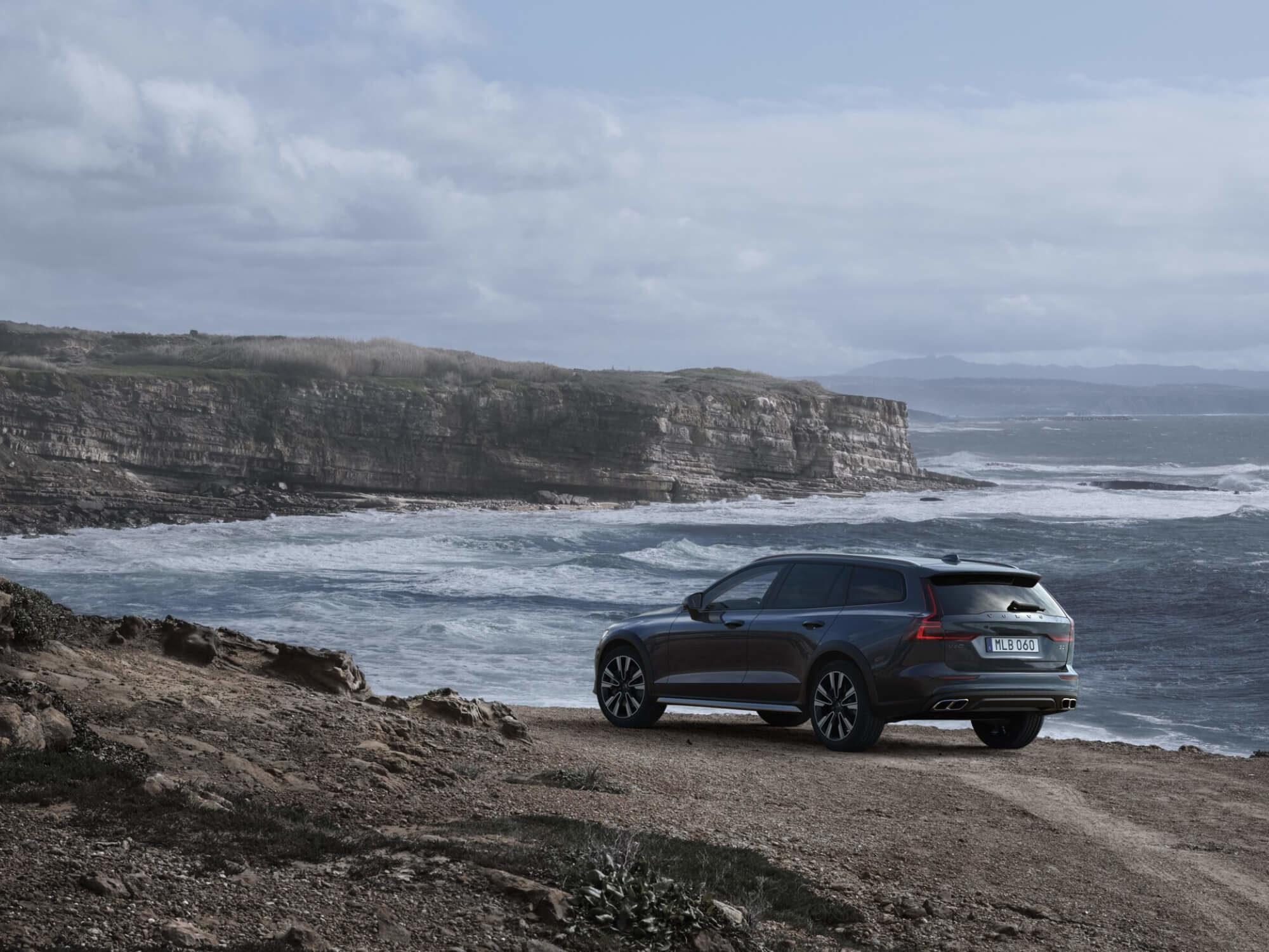 Volvo V60 Cross Country achterkant