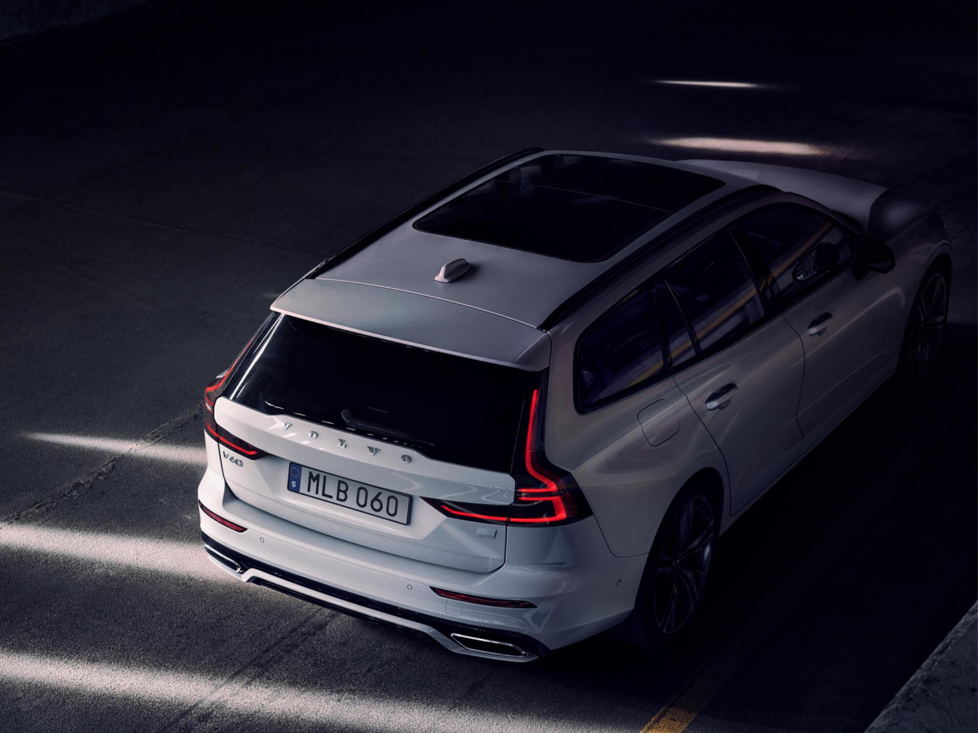 Volvo V60 Mild Hybrid achterkant
