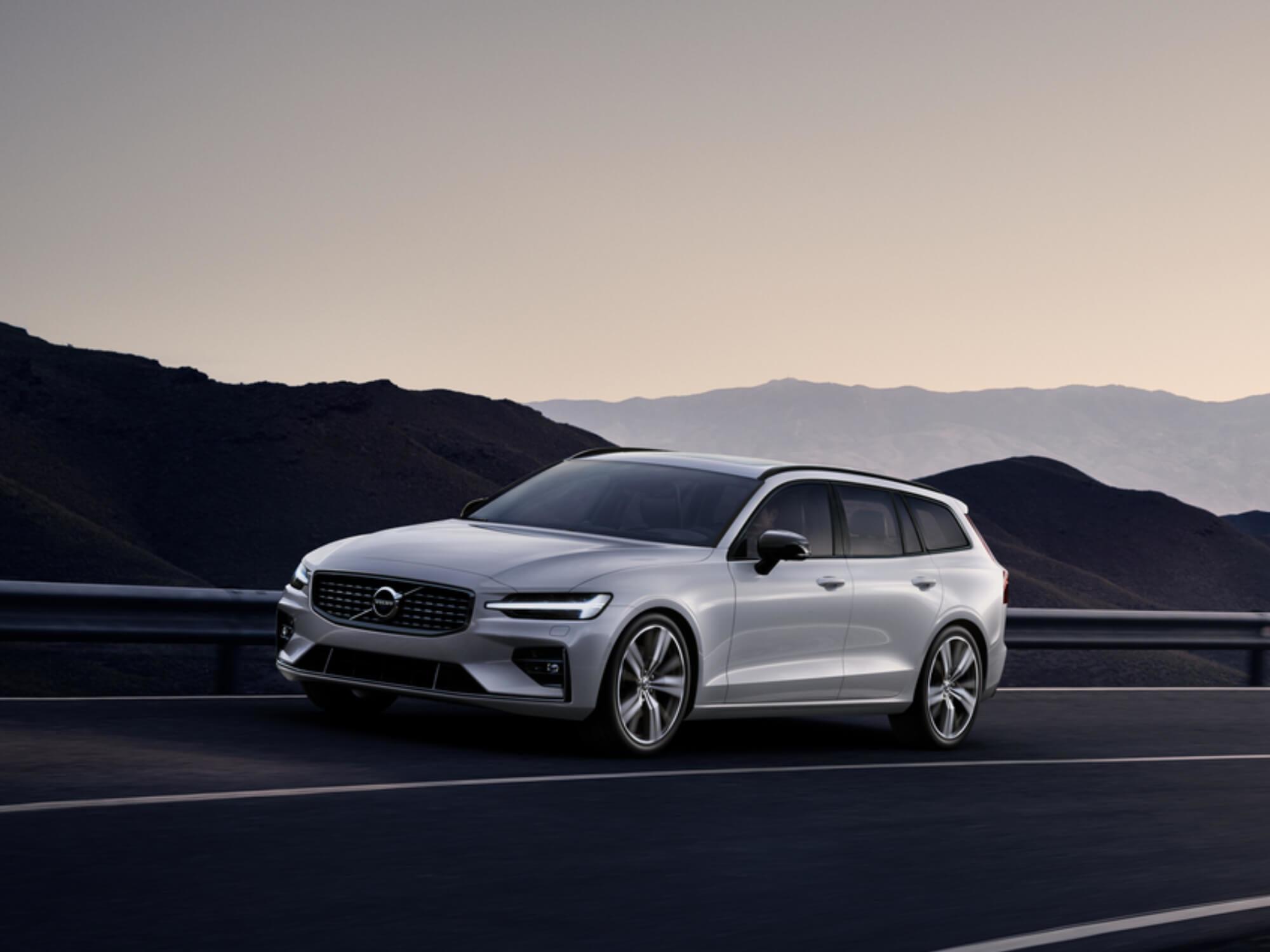 Volvo V60 Mild Hybrid op de weg