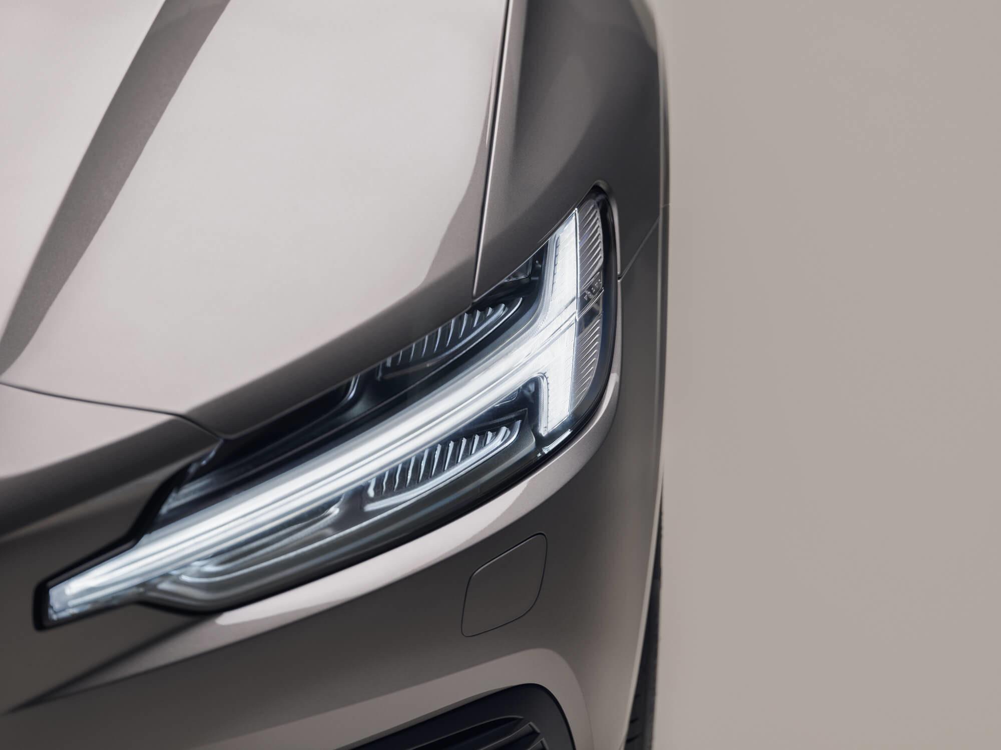 Volvo V60 koplamp detail