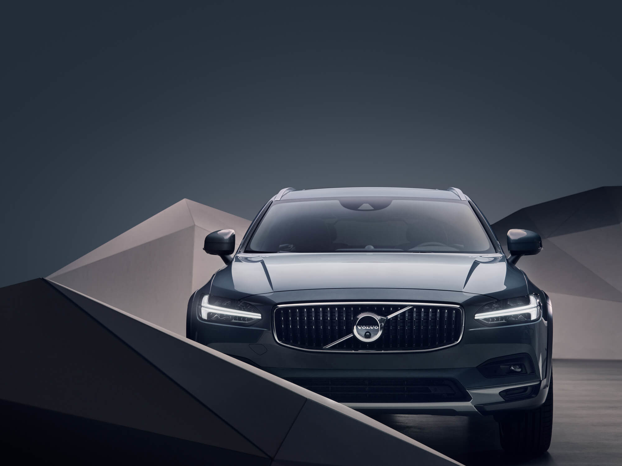 Volvo V90 Cross Country voorkant
