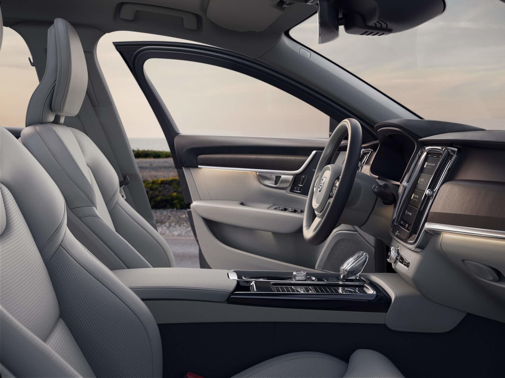 Volvo V90 Recharge Inscription Exclusive interieur