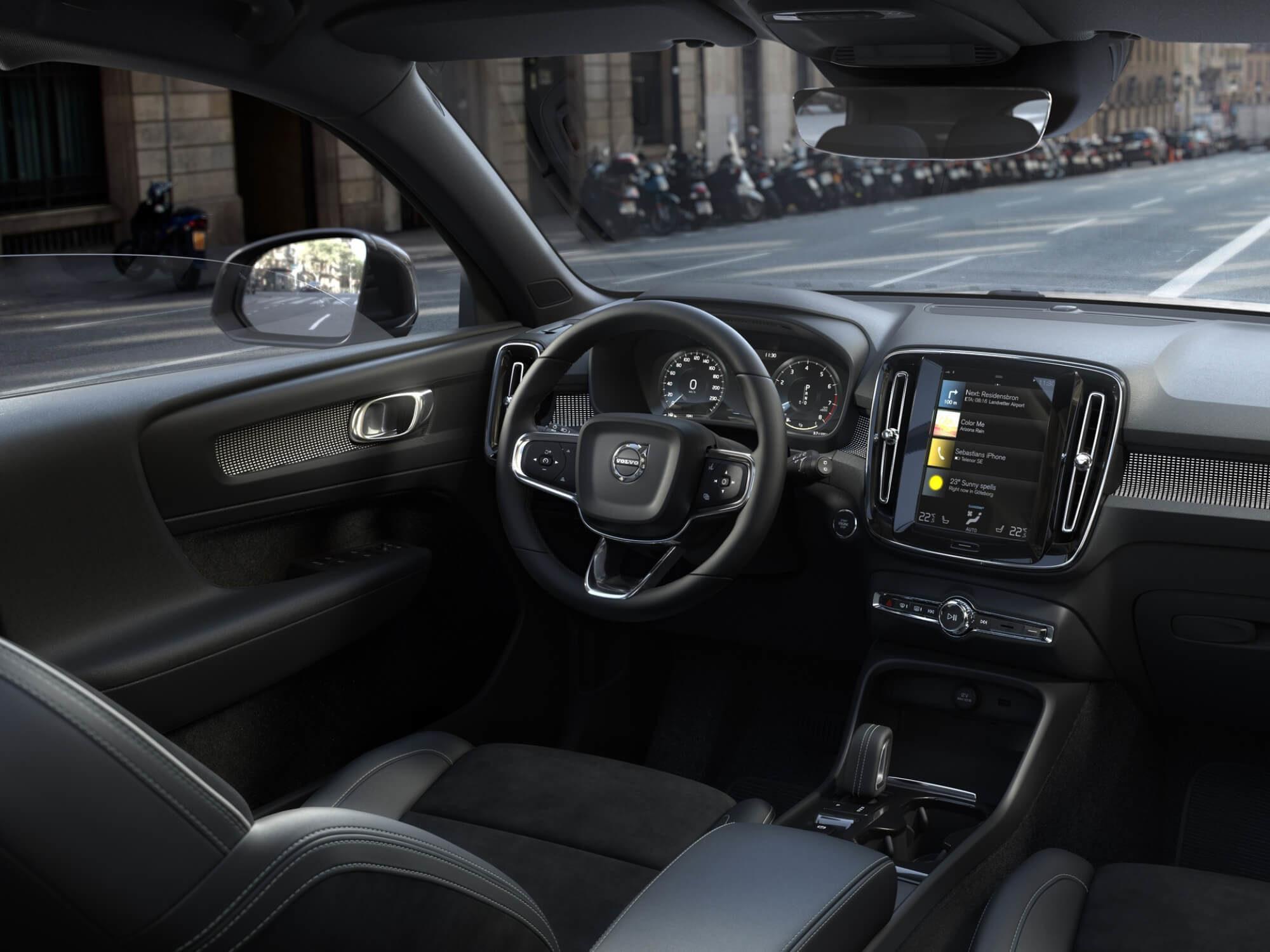 Volvo XC40 Mild Hybrid dashboard