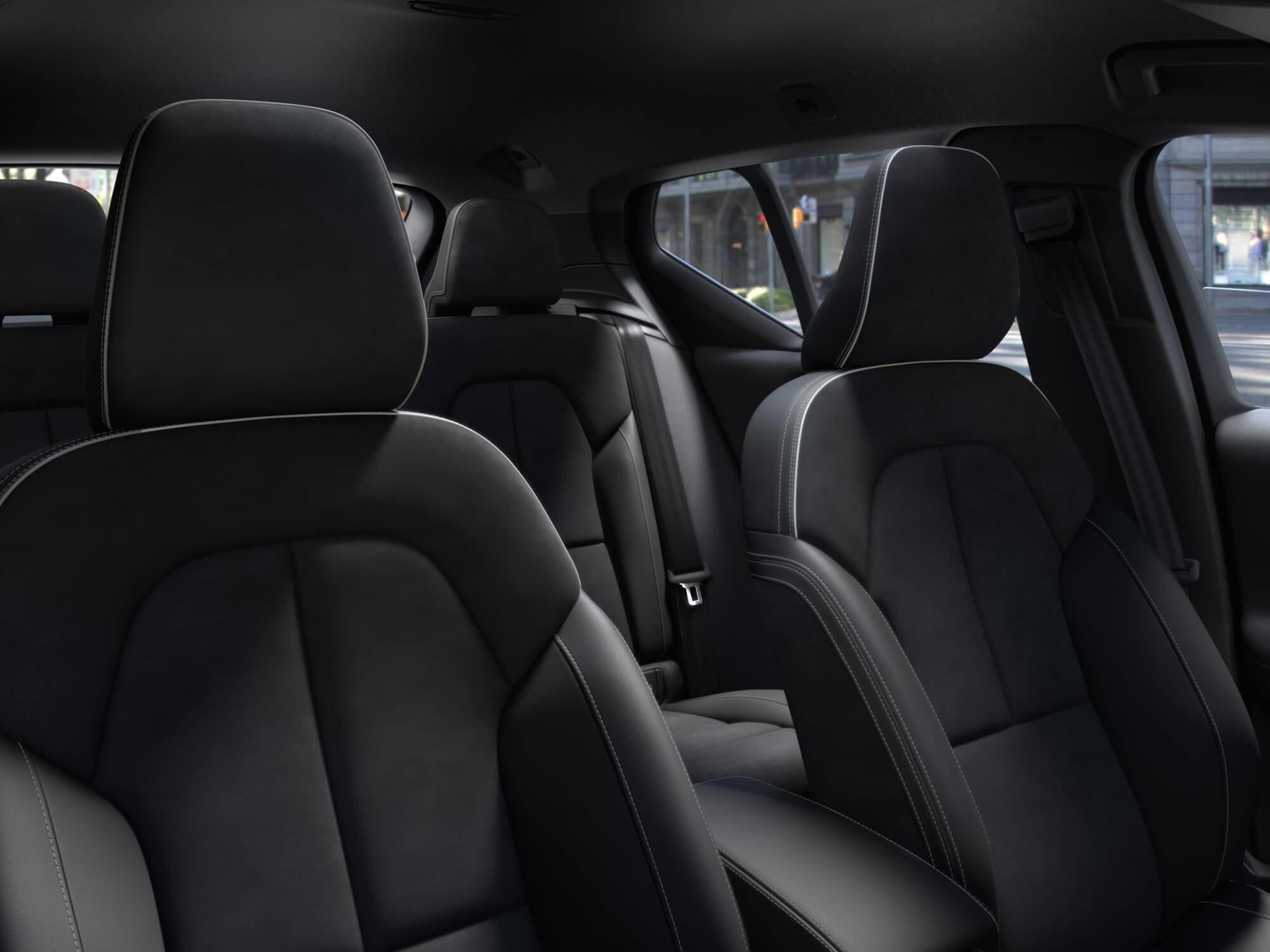 Volvo XC40 Mild Hybrid stoelen