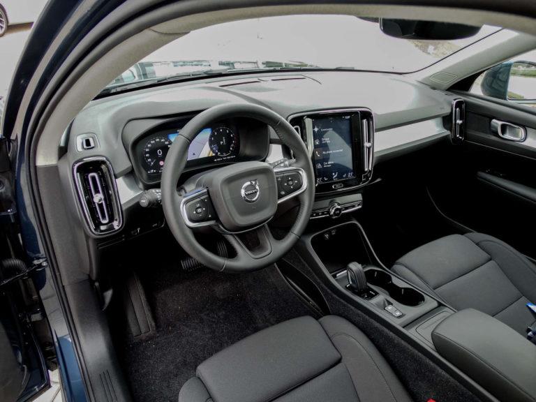 Volvo XC40 T2 Business Pro bestuurders interieur