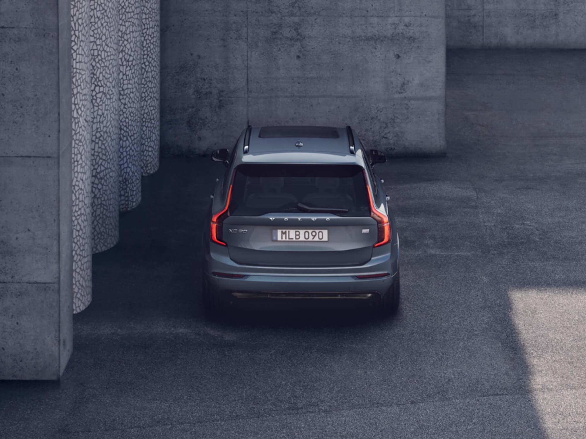 Volvo XC90 Mild Hybrid achterkant detail