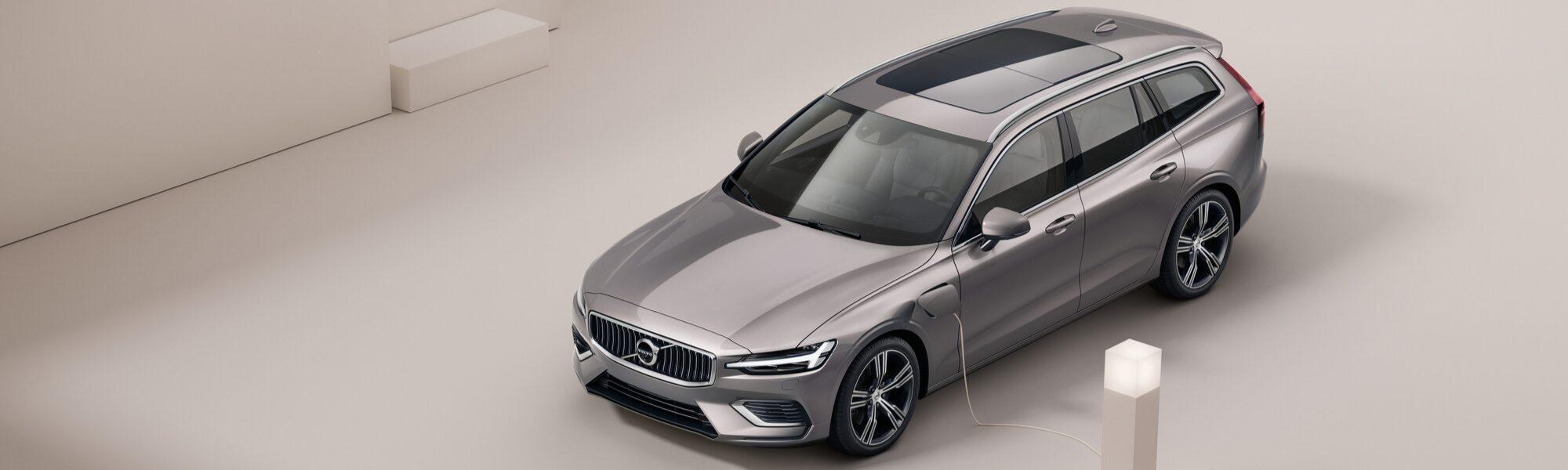 Volvo V60 Plug-in Hybride aan het laden