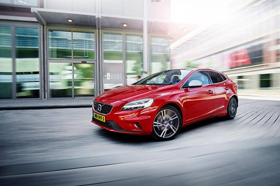 V40 Business Sport combineert luxe en krachtige motoren